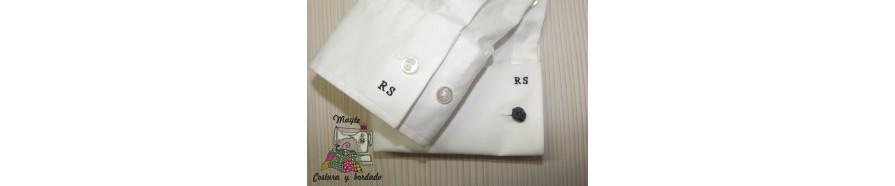 iniciales en camisas